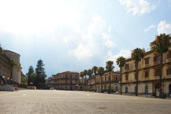 Giarre,_Catania,_Sicily,_Italy_-_panoramio