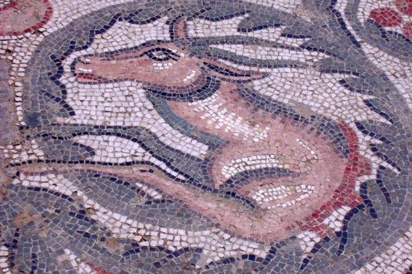 mosaic-335555_1280