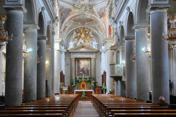 nicosia-interno_della_Cattedrale